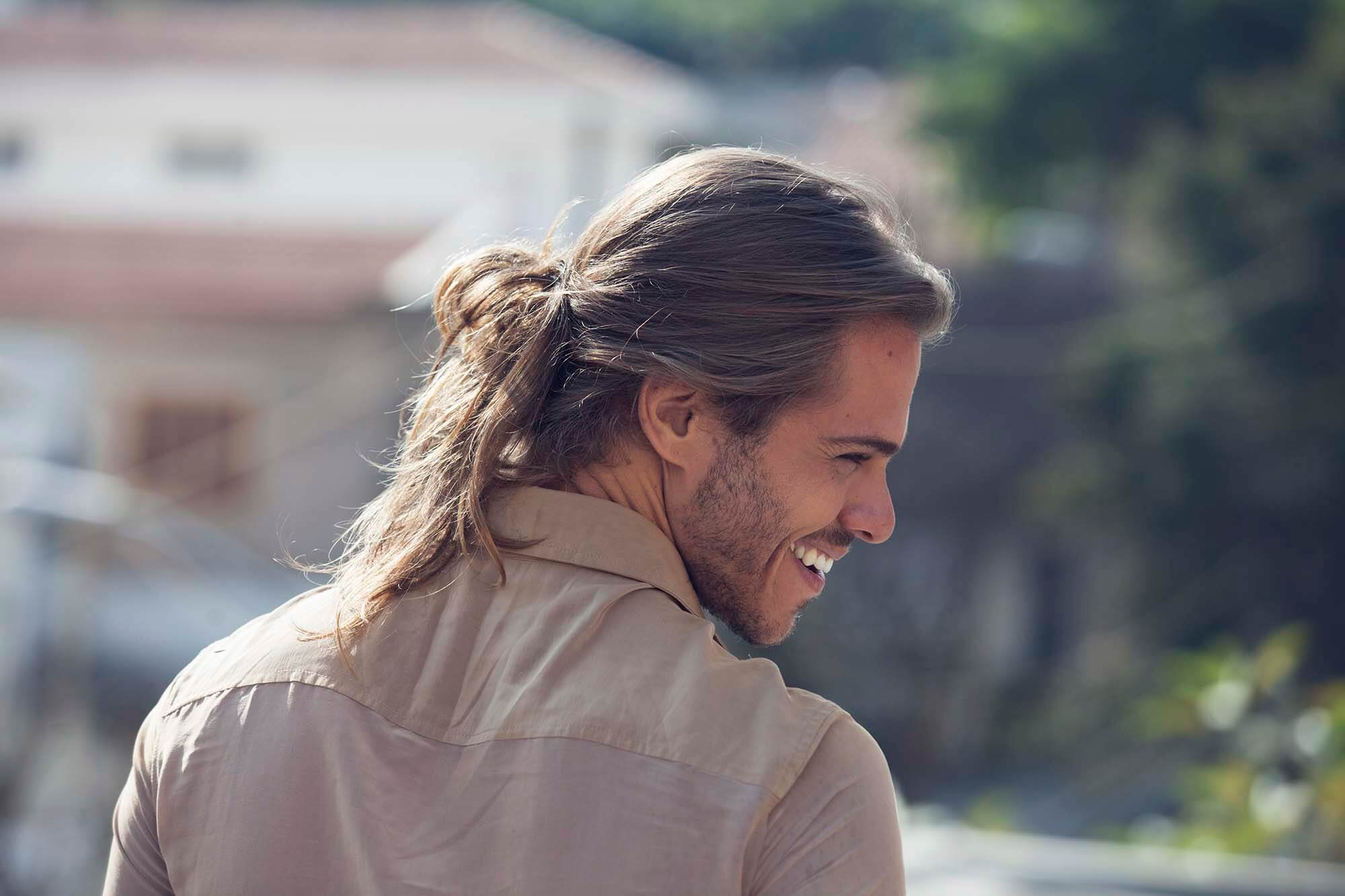 how to do a low messy man bun