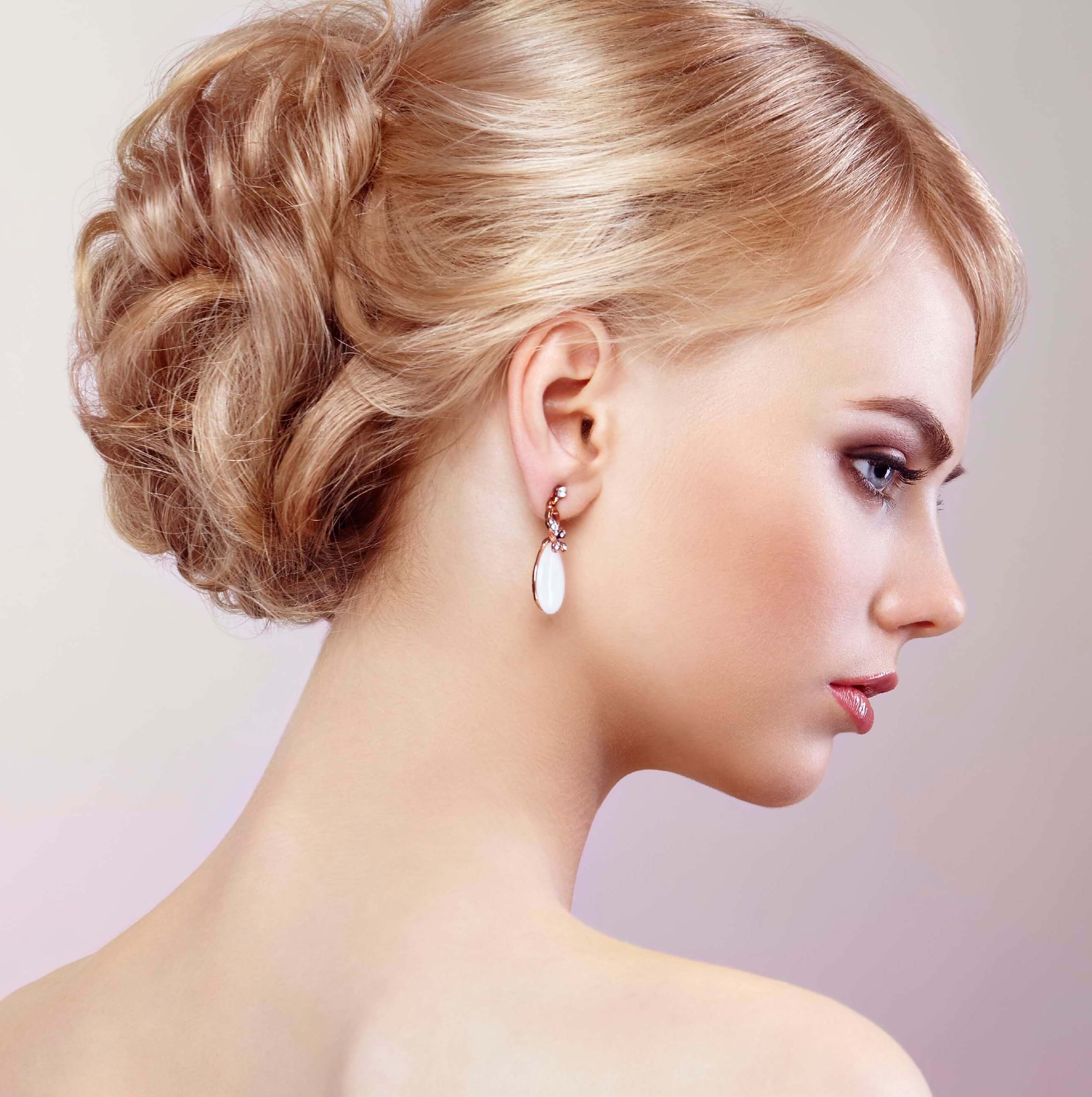 8 uber chic chignon hairstyles for your wedding day