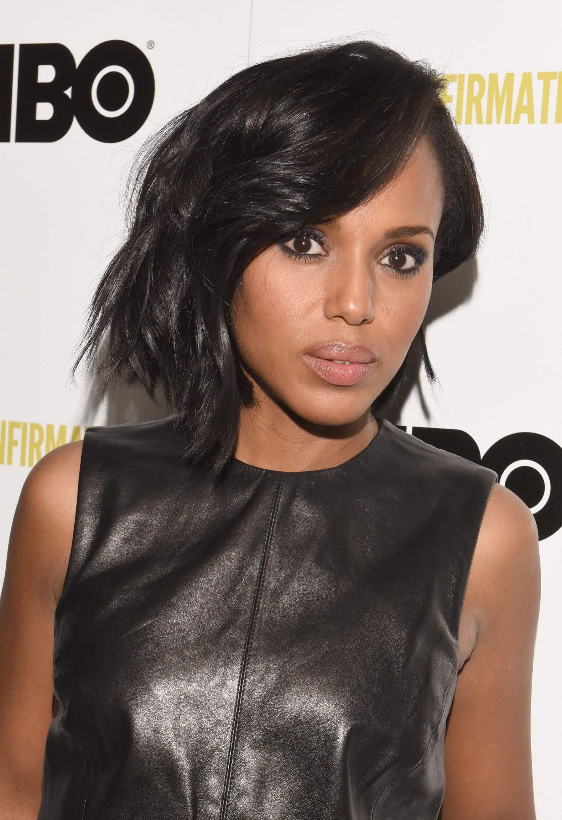 Kerry Washington with a dark brown graduated bob wavy hairstyle on the red carpet
