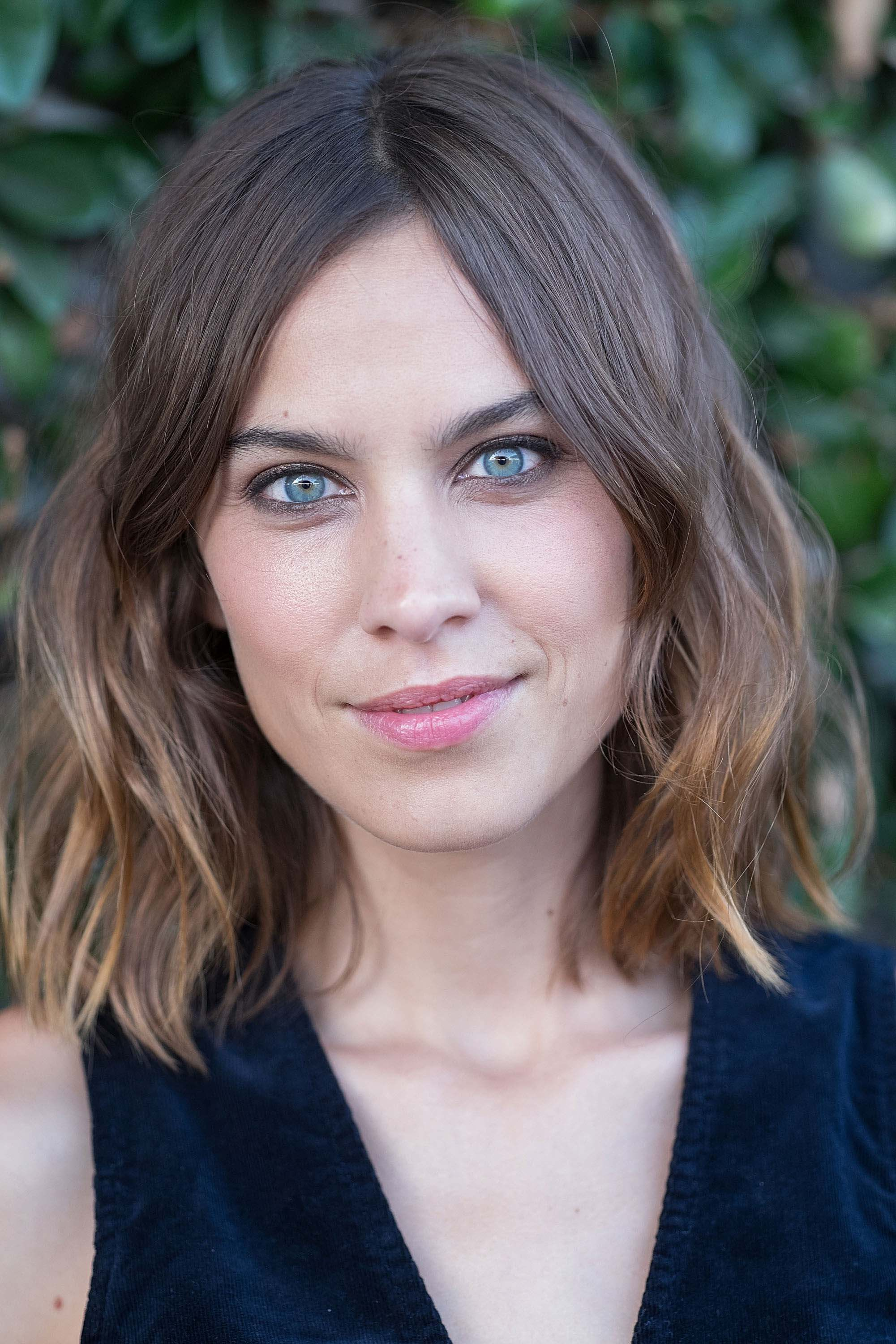 Alexa chung short brown ombre hair