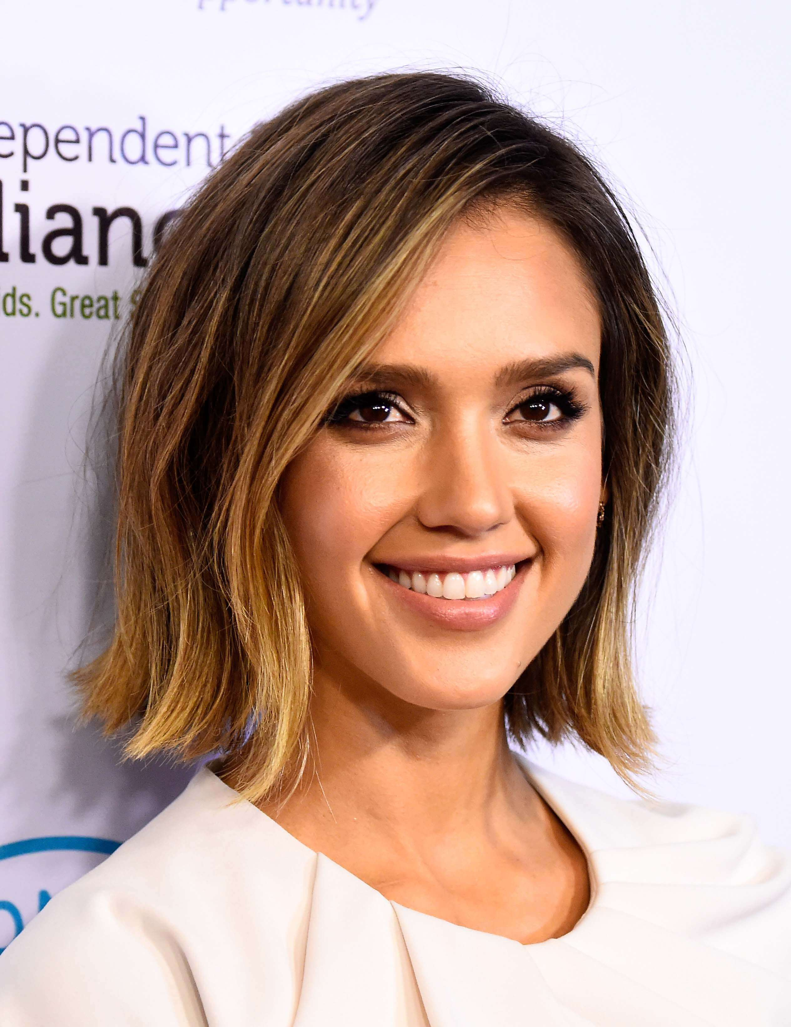 jessica alba short ombre hair
