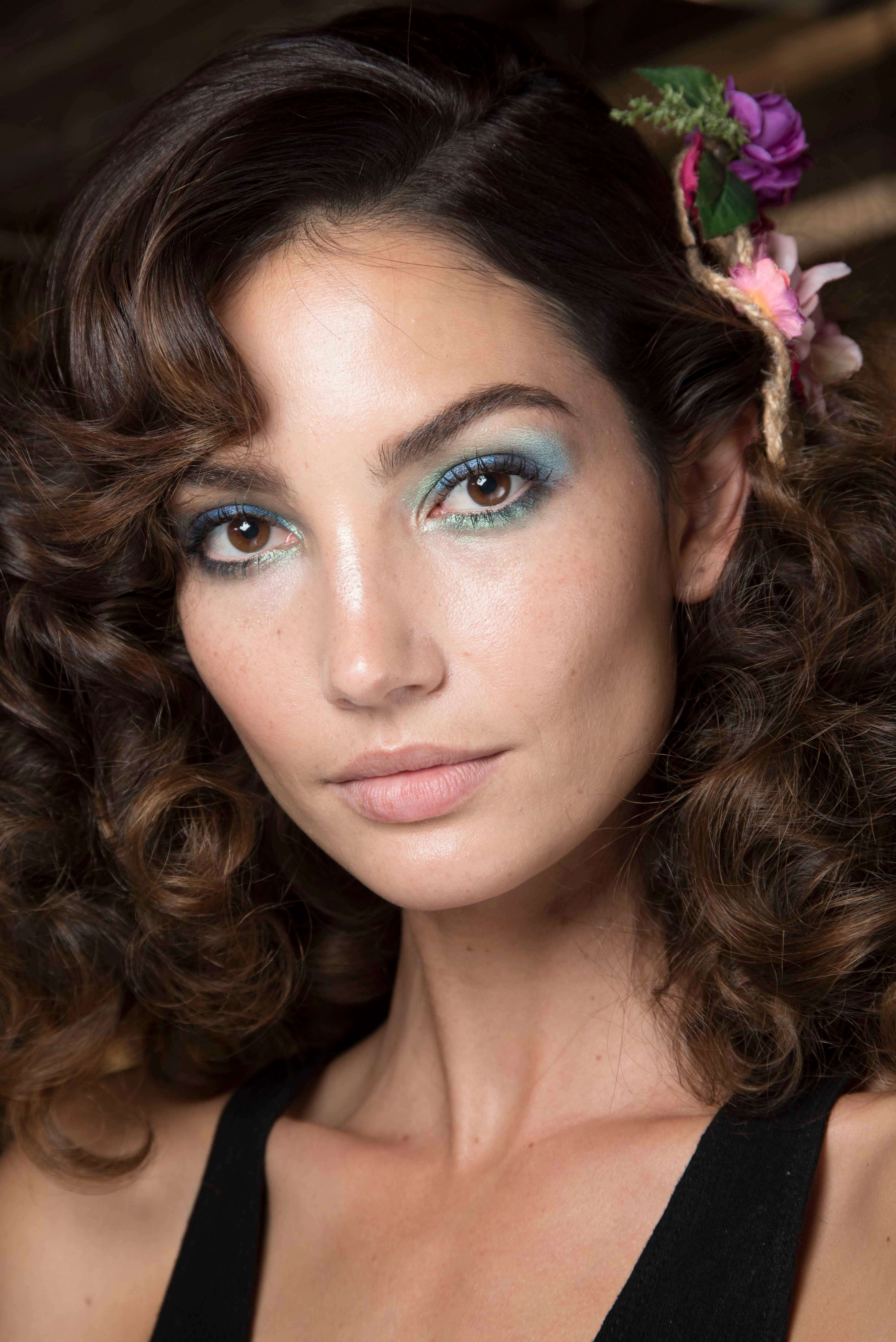 square face voluminous layers and side part
