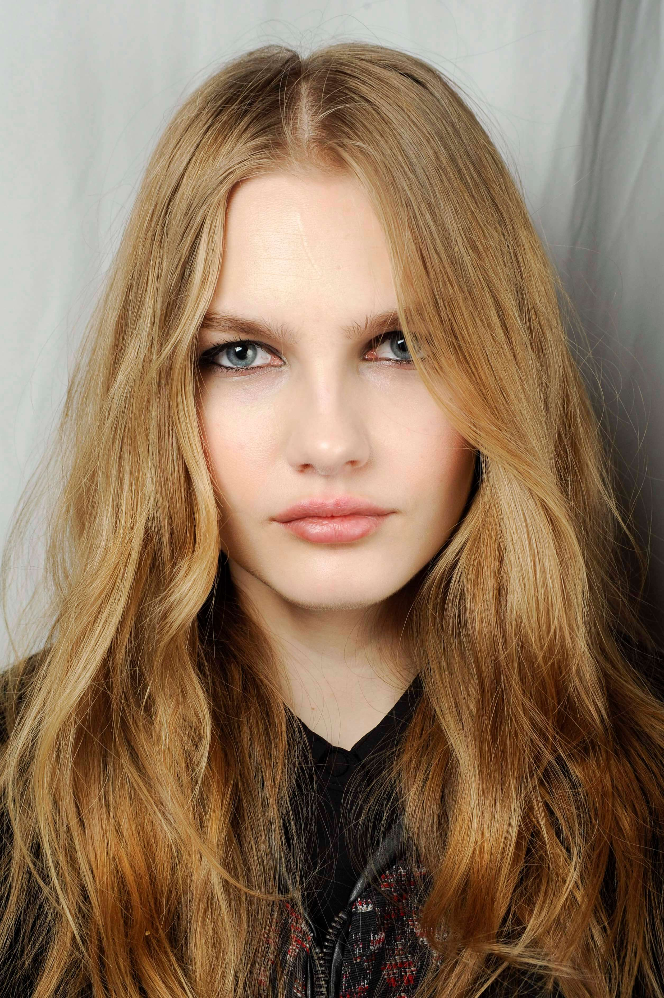 best long haircuts for square faces best haircuts for square faces a guide 3392 | strawberry blonde hair long graduated layers tory burch 706 fw15