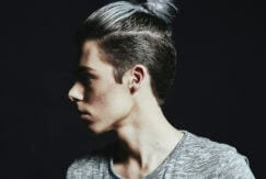 undercut hairstylet: top knot