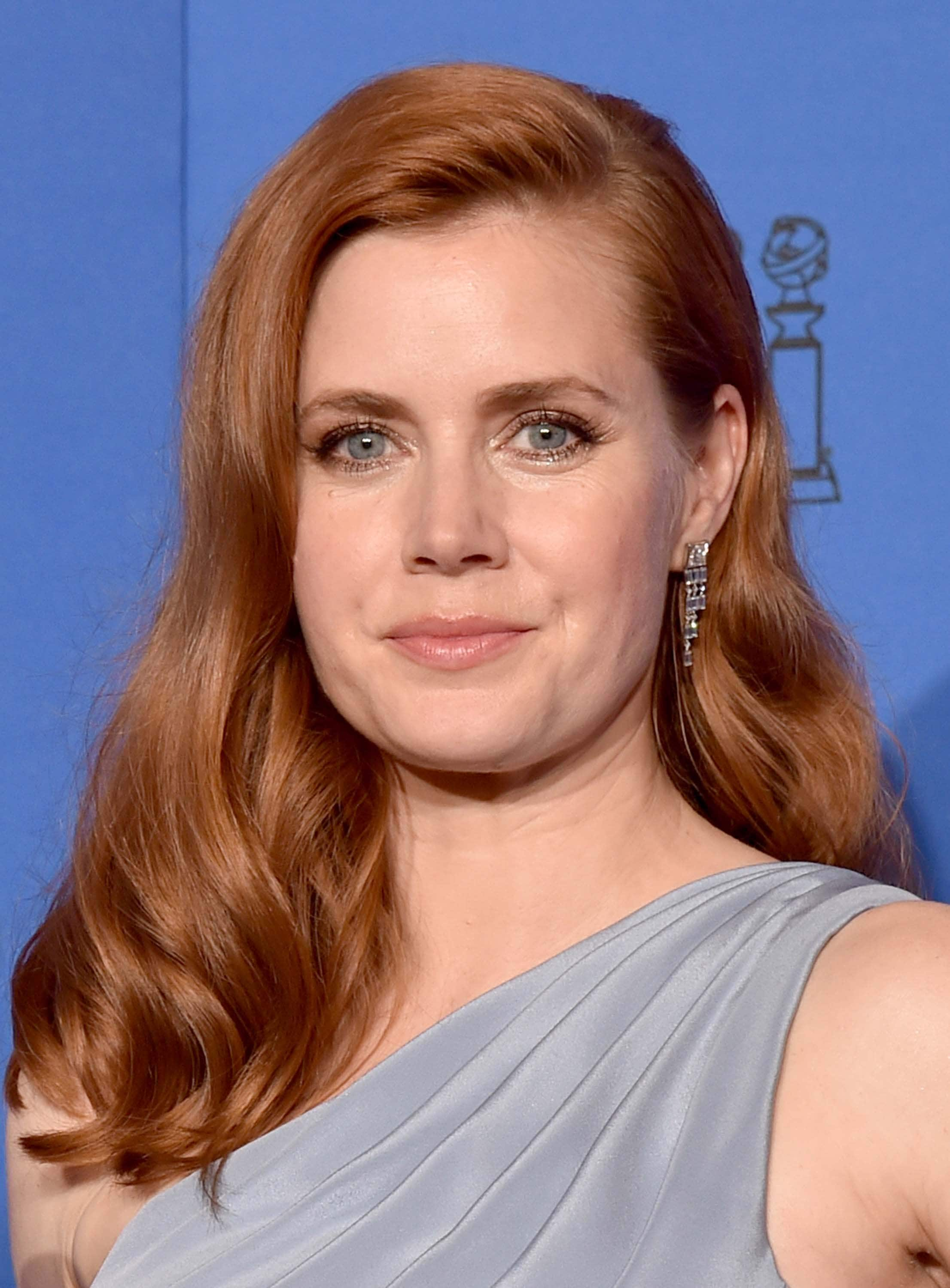 medium-hairstyles-amy-adams
