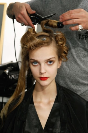 curling iron curling hair