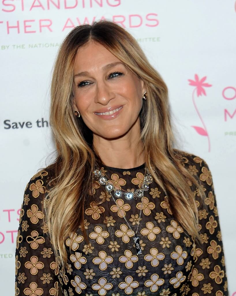 image of sarah jessica parker with dark blonde hair