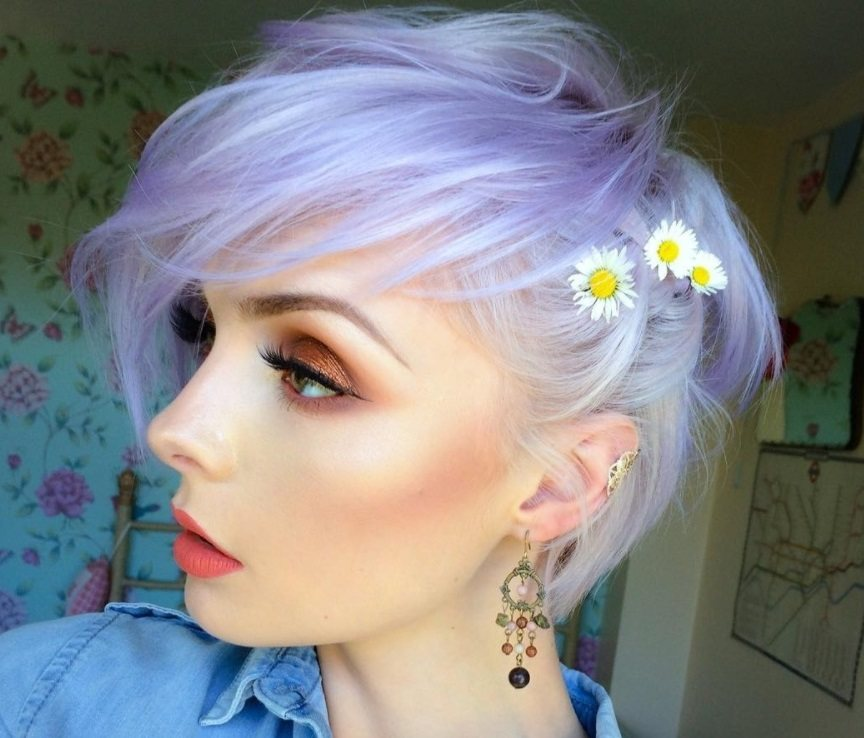 model with lilac platinum ombre hair colour styles in a short choppy bob with accessories