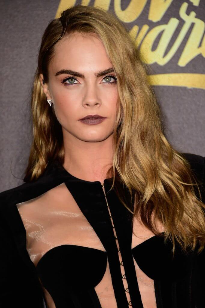 glam-evening-hairstyles-cara-delevingne
