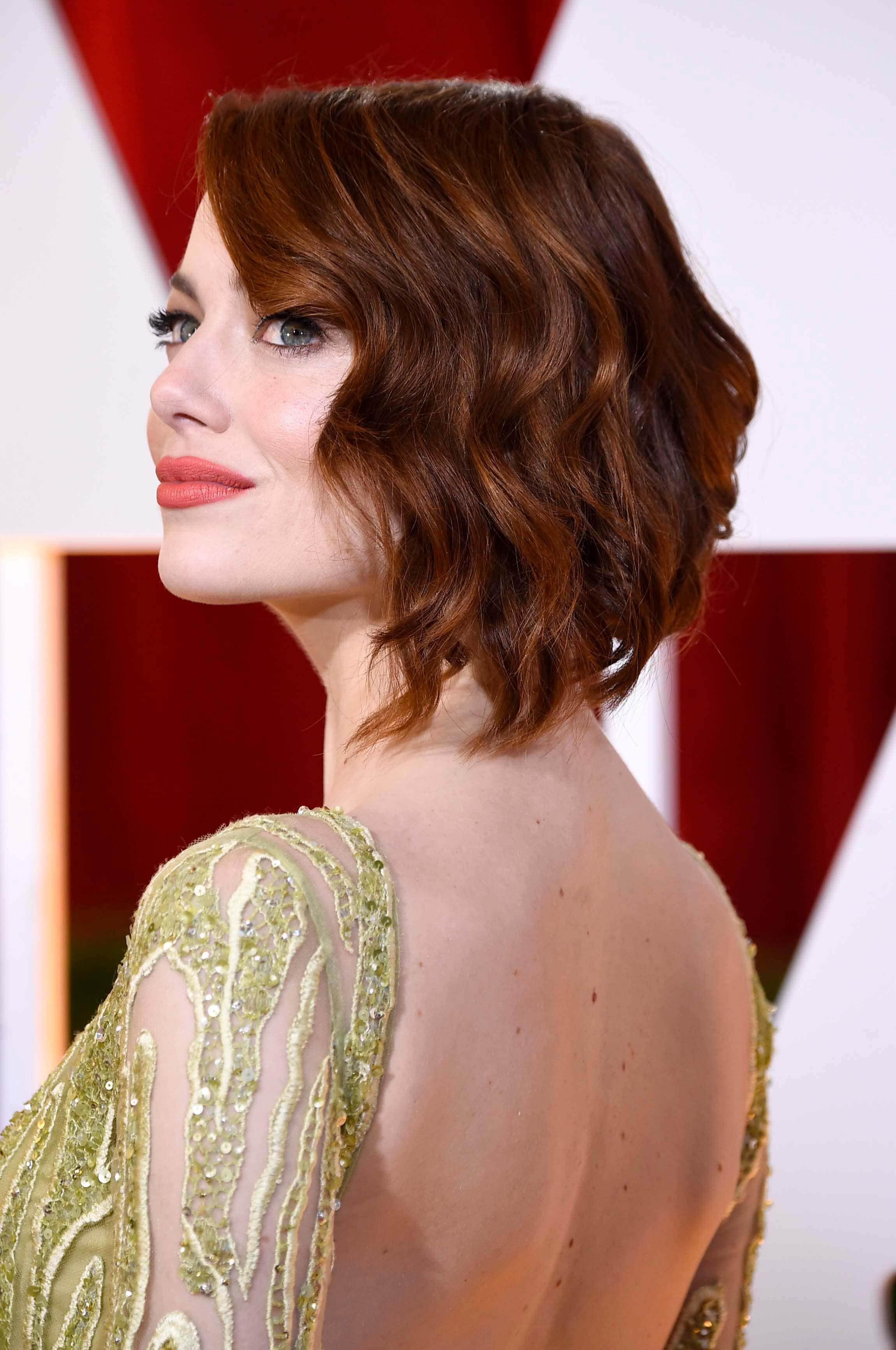 glam-evening-hairstyles-emma-stone
