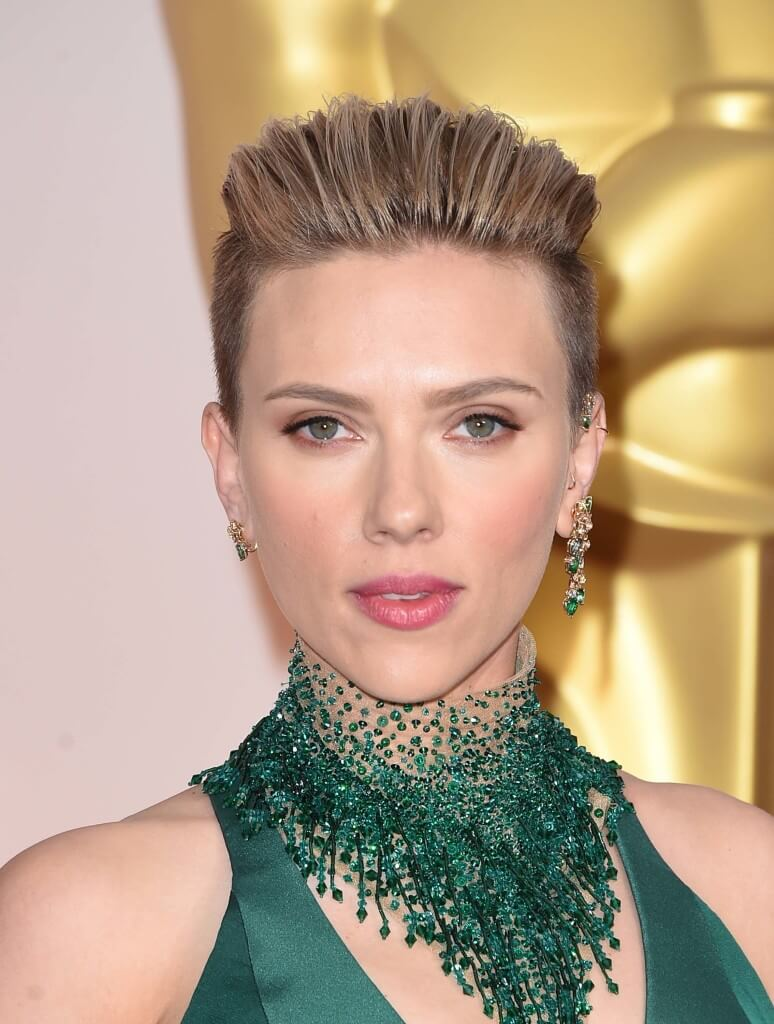 Glam-evening-hairstyles-scarlett-johansson