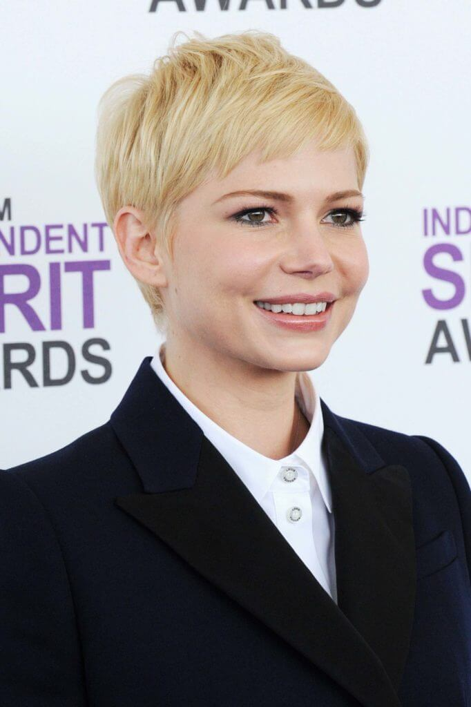 Hairstyles-for-heart-shaped-faces-Michelle-Williams