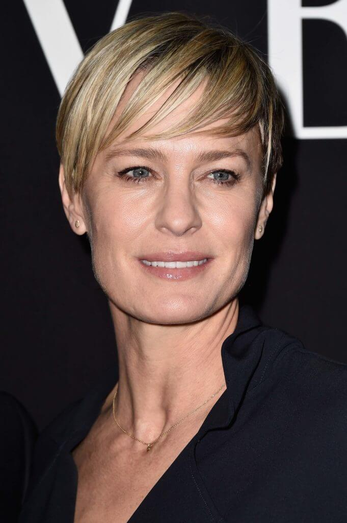Short tapered pixie cut Robin Wright