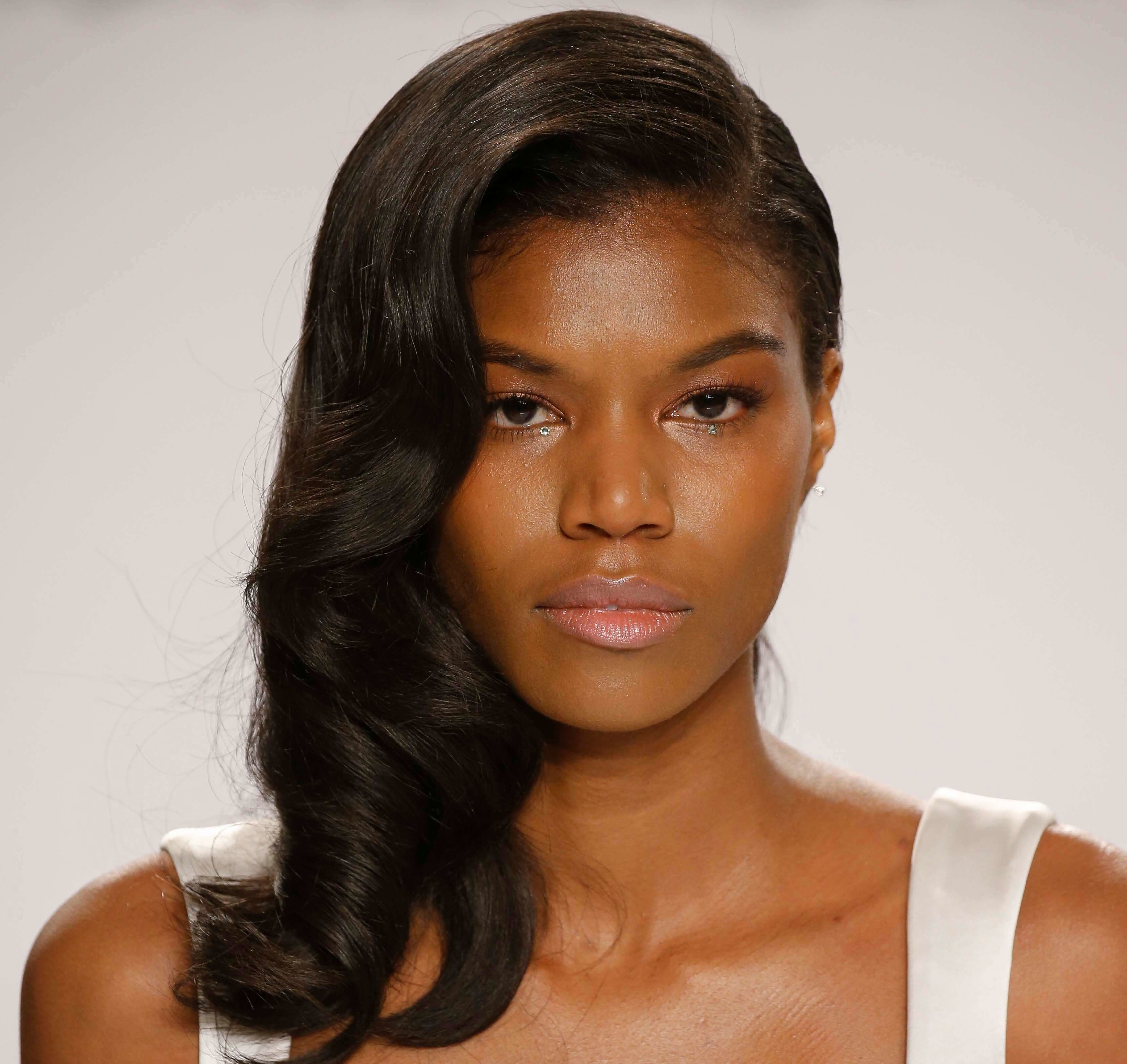 Stylish hairstyles for black women from the runway
