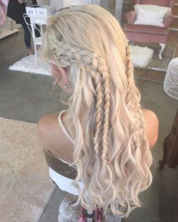Khaleesi hair - braided hairstyles - long light blonde braided style with curls at the bottom