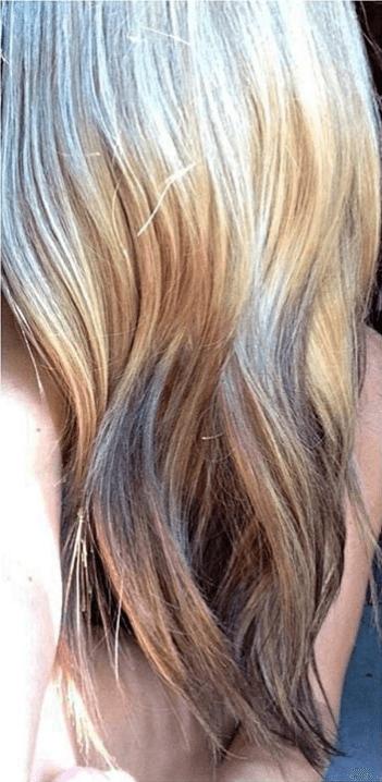 Reverse ombre hair: blonde reverse ombre