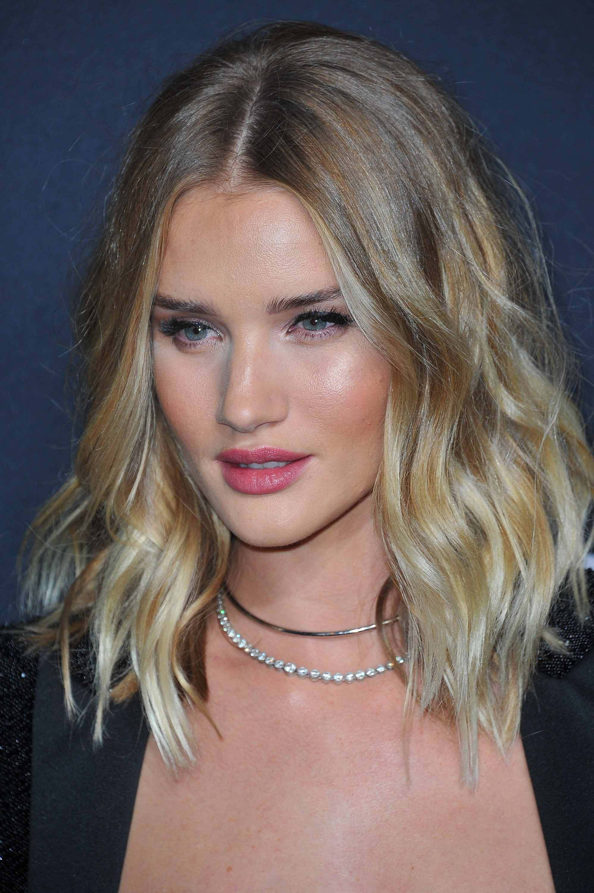 hair-colours-and-styles-rosie-huntington-whiteley