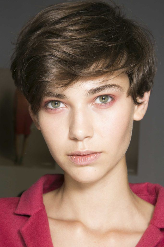 Feathered hairstyles: All Things Hair - IMAGE - short feathered pixie