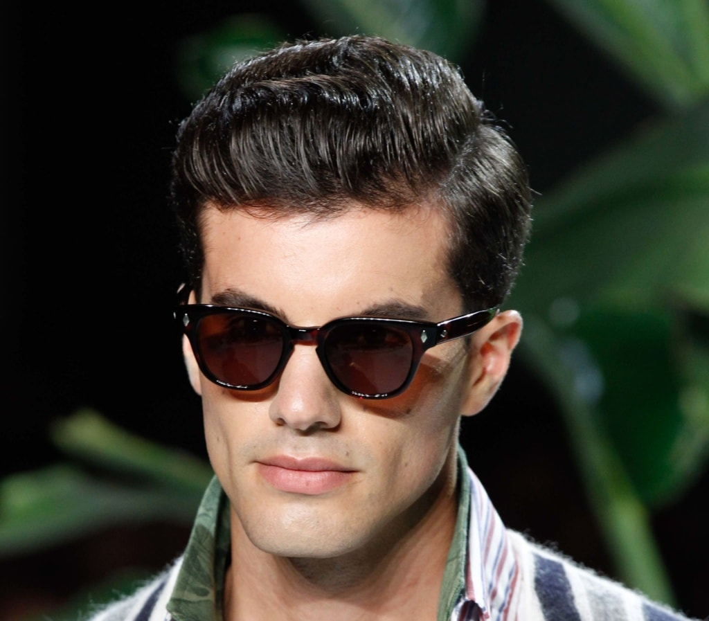 17 Cool Haircuts For Men With Thick Hair: Cool Men's Hairstyles For Thick Hair And How To Get Them