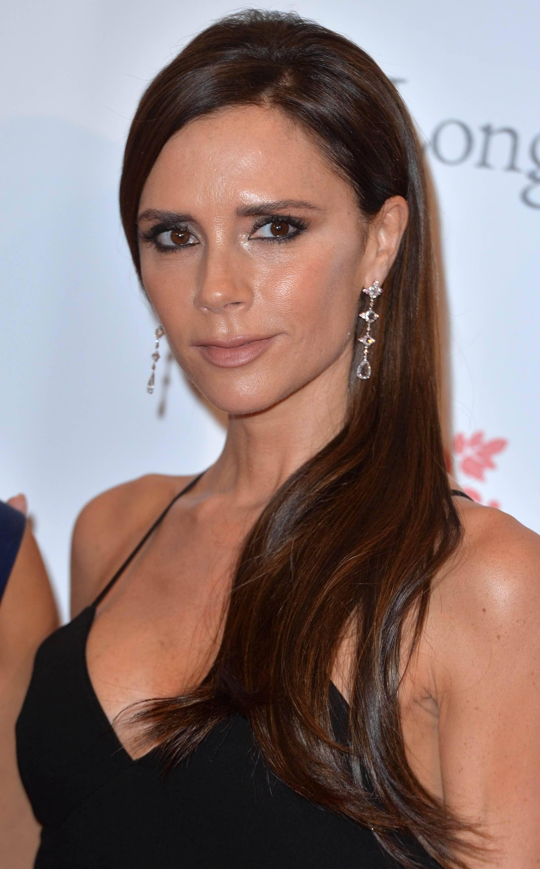 Victoria Beckham brown hair