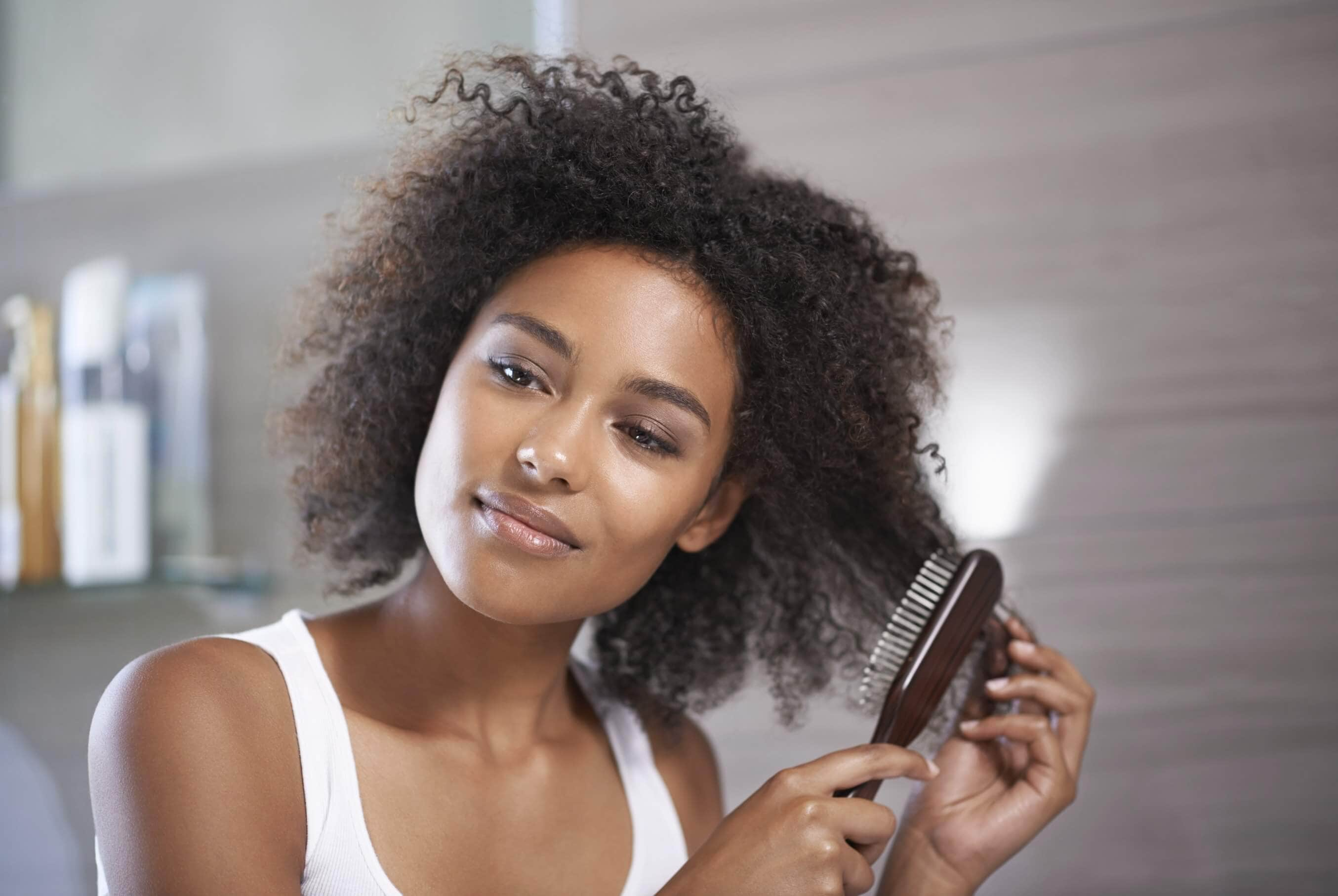 How To Use A Natural Bristle Hair Brush On Afro Hair-2539
