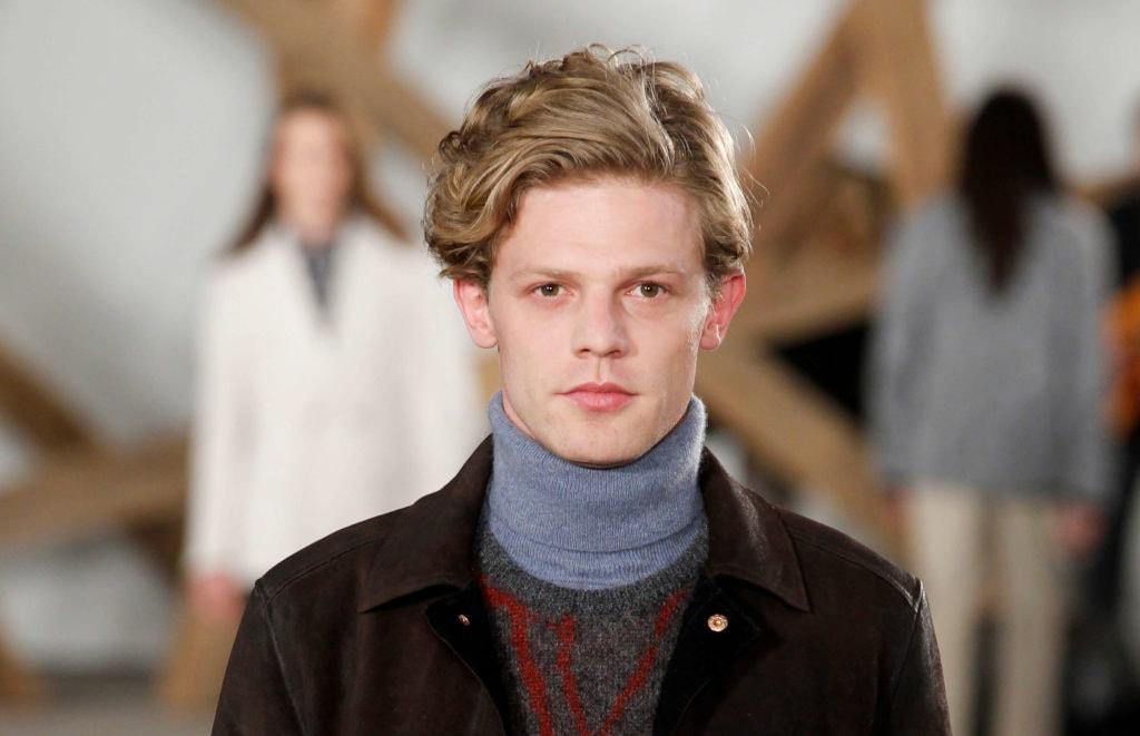 Haircuts for balding men: mop top