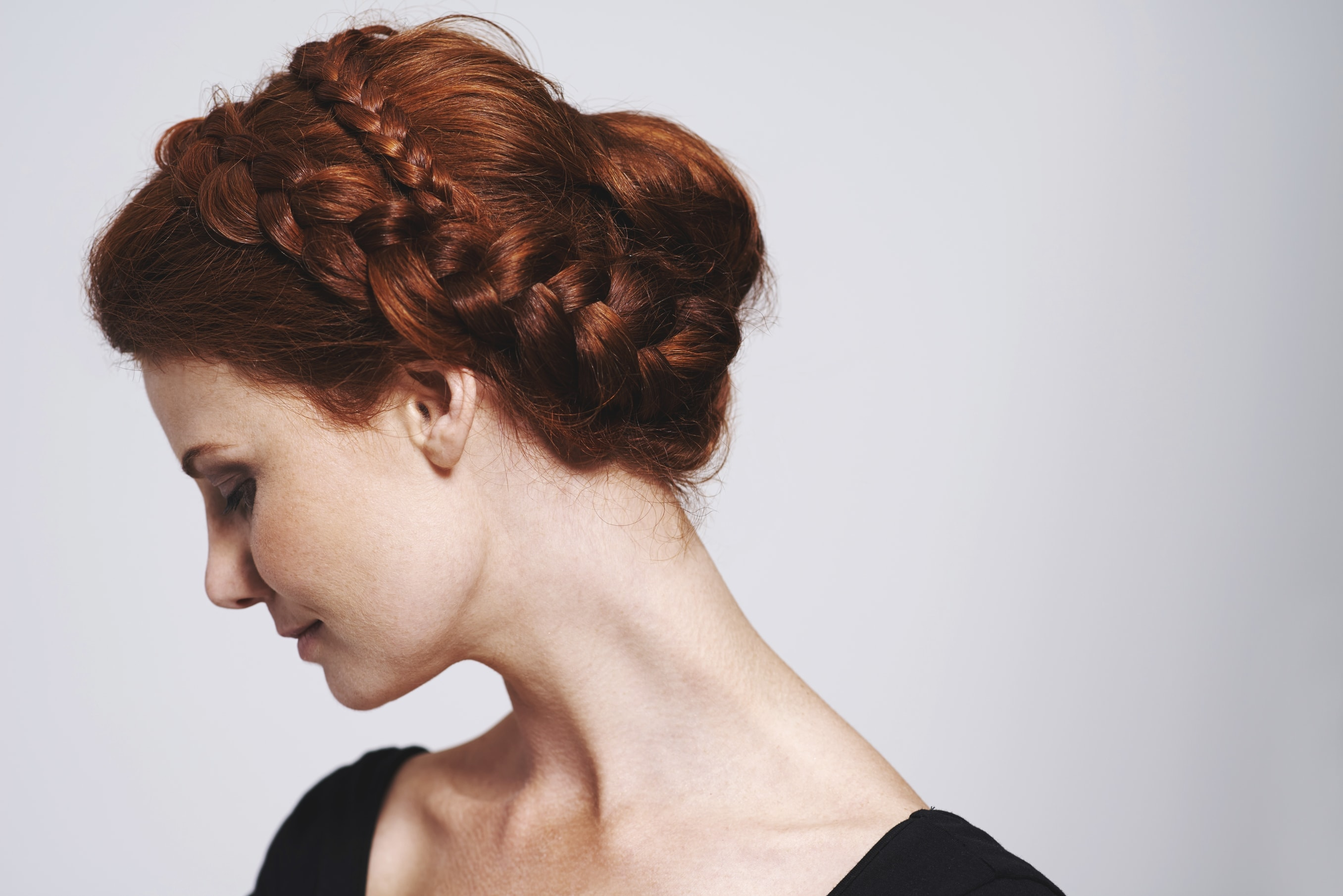 7 Easy bun hairstyles for every occasion