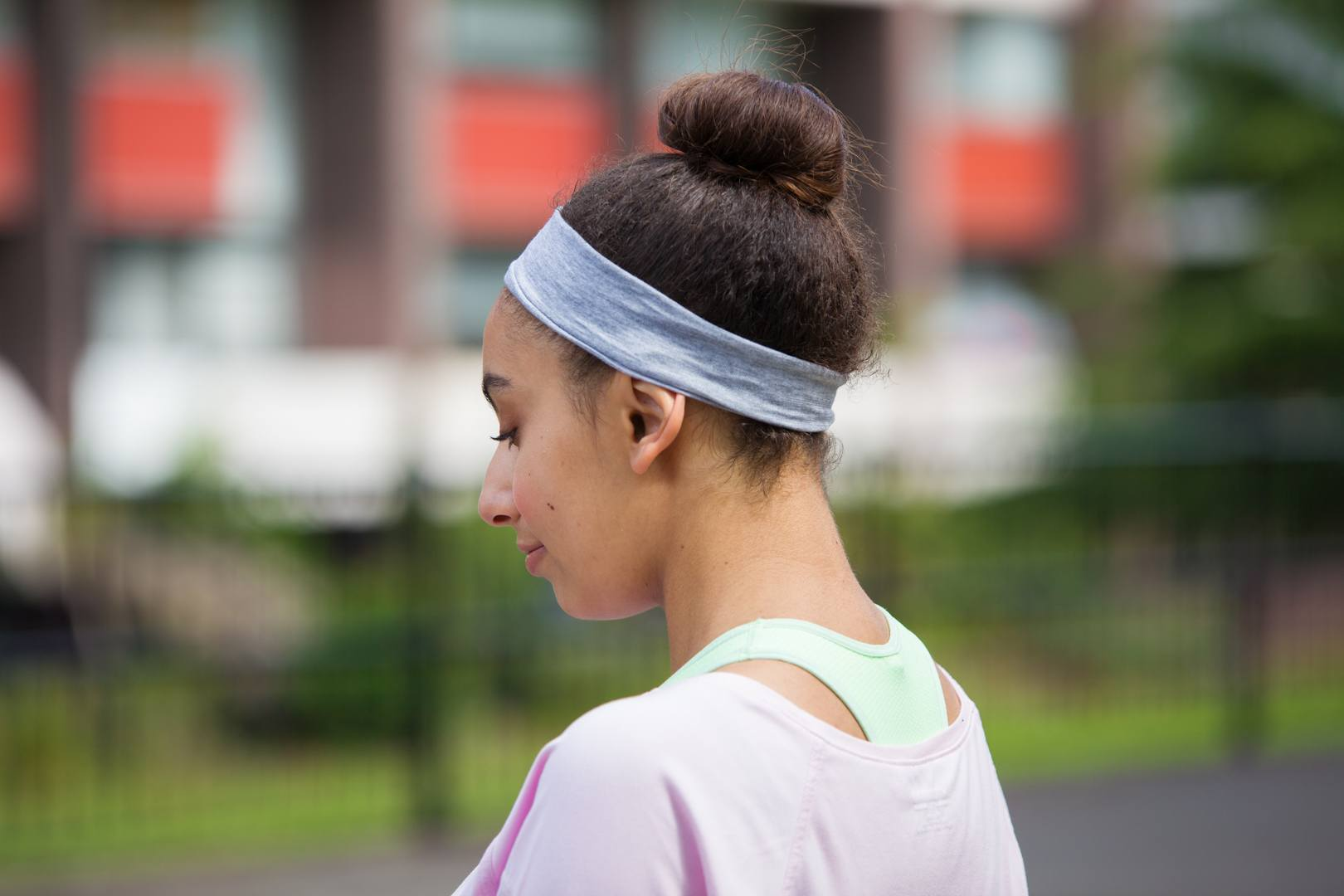 Gym hair styling tips: tight updo