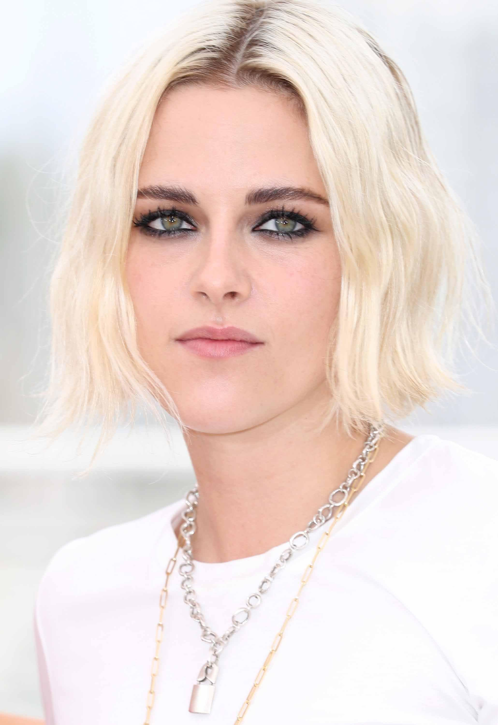 Celebrity Bob Hairstyles We Are Head Over Heels In Love With