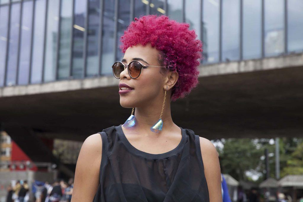 Coloured afro hair styles: raspberry natural hair colour