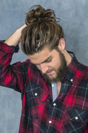how to do a man bun styling tips