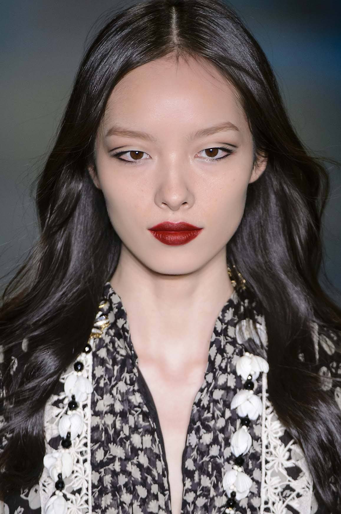 Hair glossing: glossy black asian hair