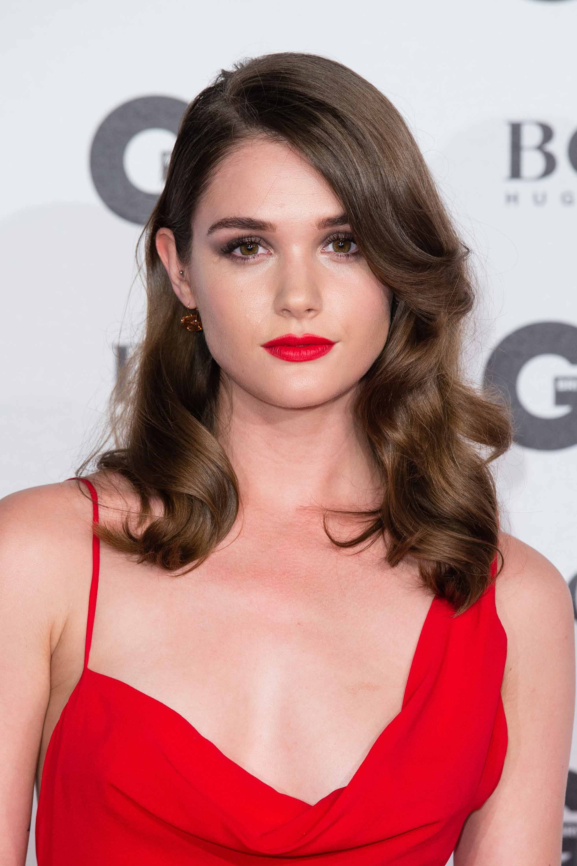GQ Awards 2016 Sai Bennett wavy hair