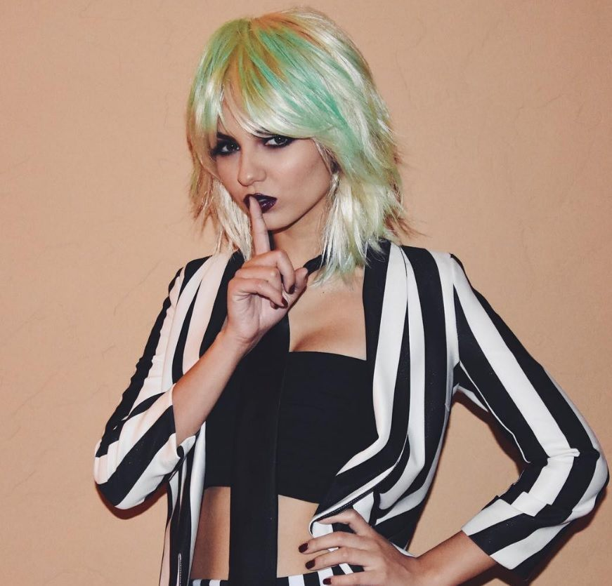 Victoria Justice multicoloured pastel hair shaggy bob wearing a beetlejuice costume