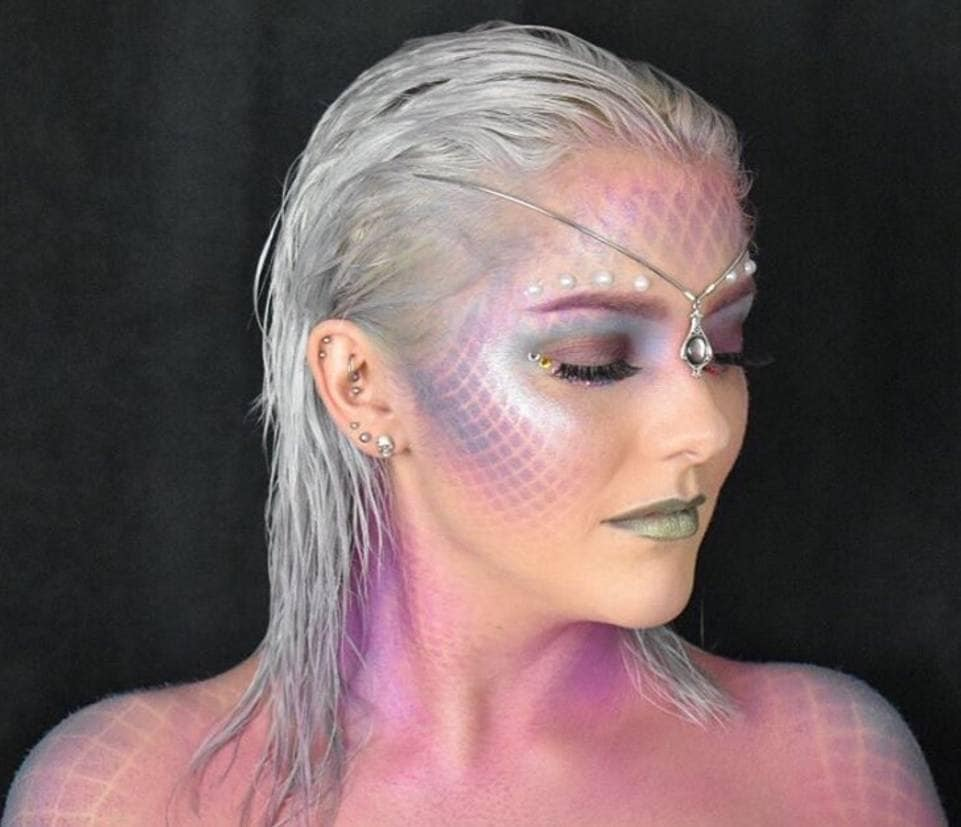 The best mermaid hairstyles for a Halloween party