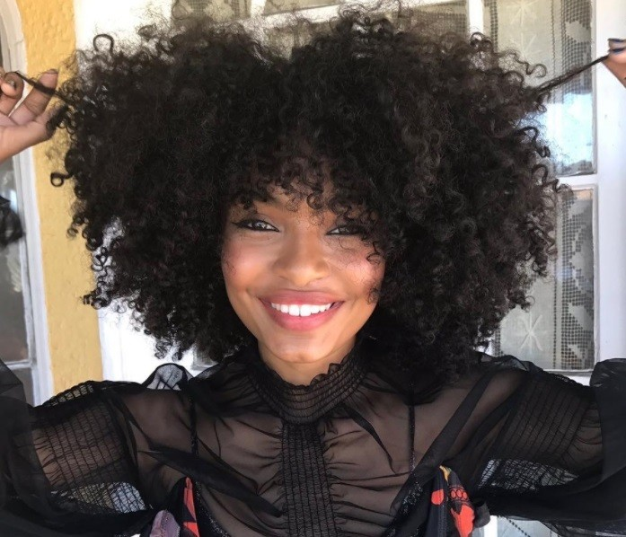 From Chloe X Halle To Issa Rae Here Are Our Curly Hair Heroes