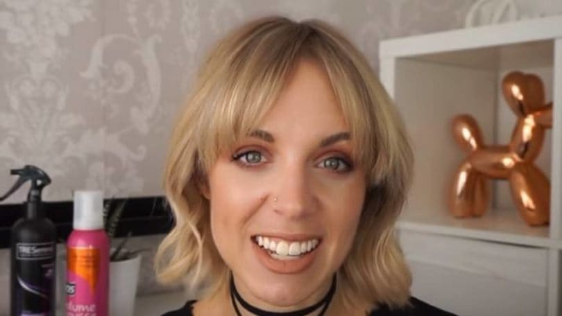 wavy short hair: All Things Hair - IMAGE - Lorna Literally how to get chic hair for a party