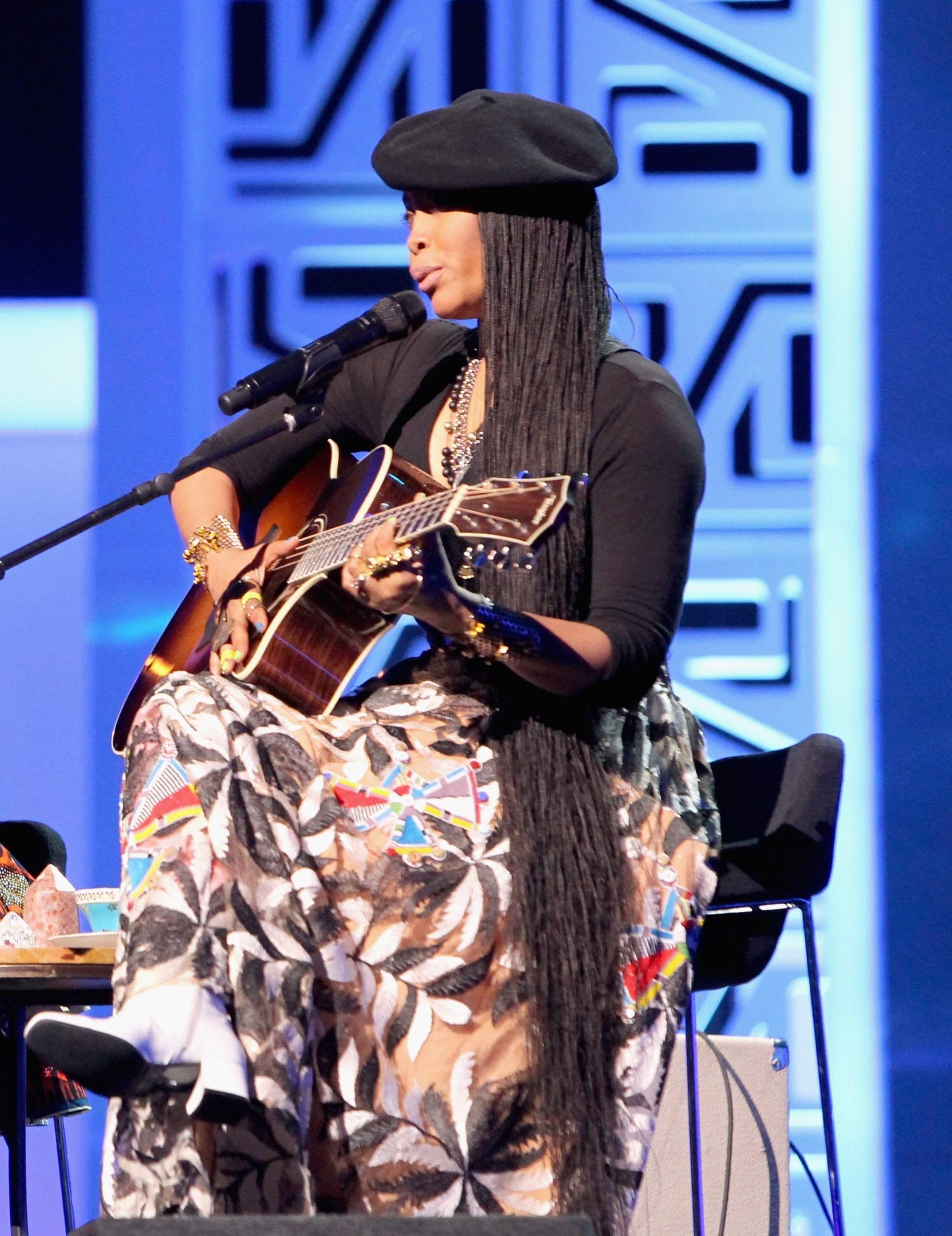 Soul Train Awards 2016: All Things Hair - IMAGE - Erykah badu