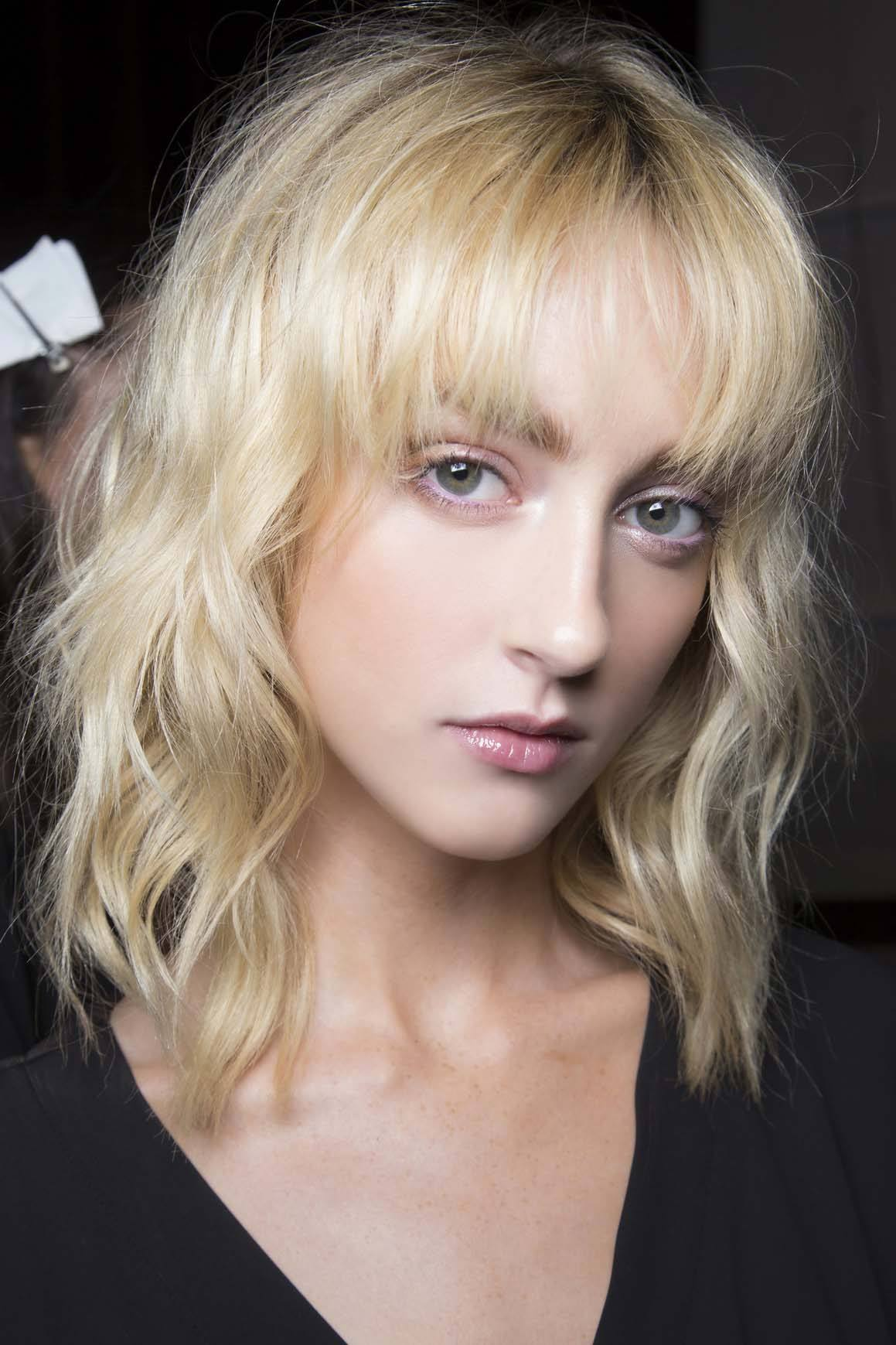 Latest hairstyles for women: All Things Hair - IMAGE - blonde wavy shaggy hair
