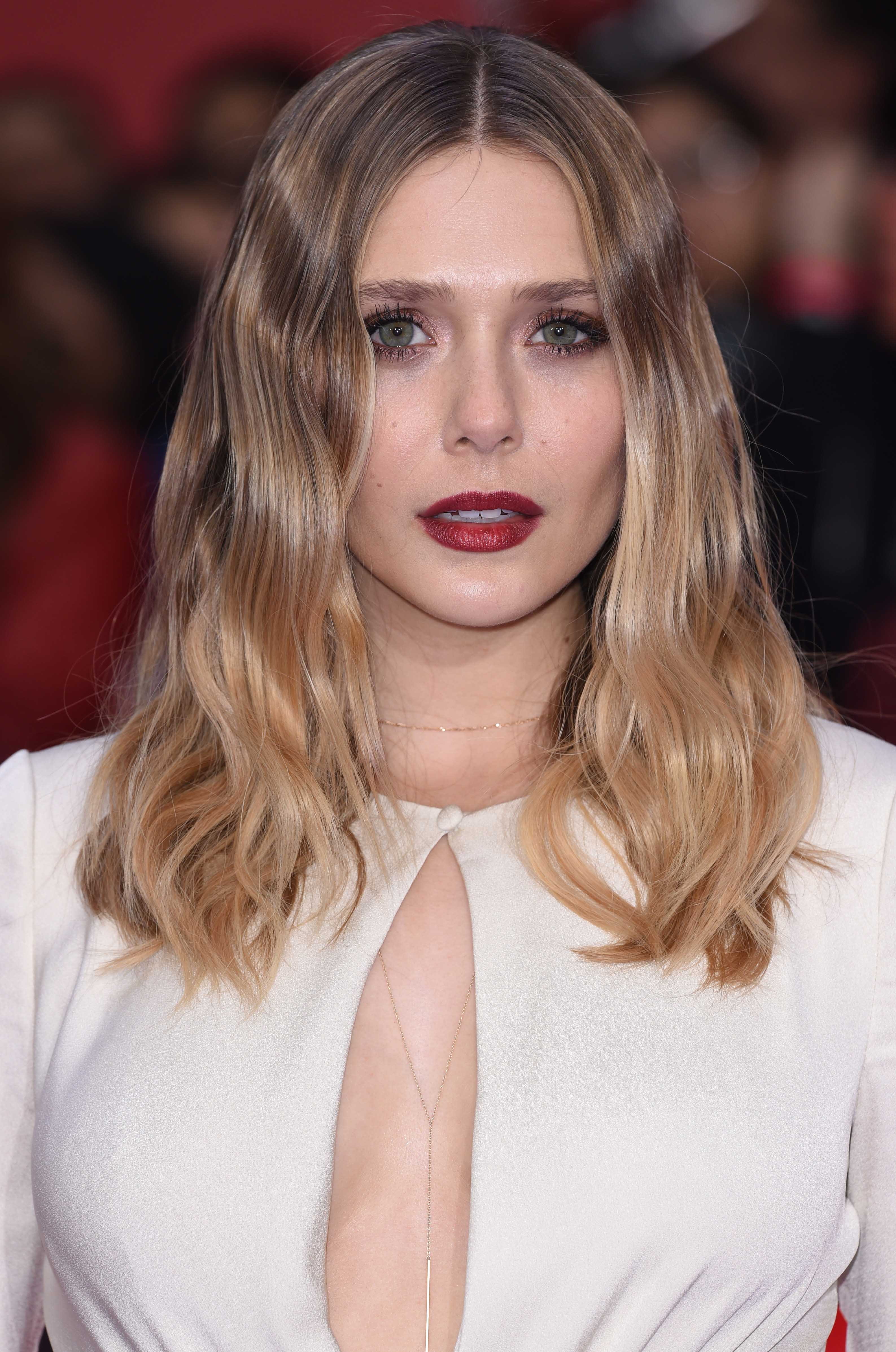 celebrity hair: All Things Hair - IMAGE - 2016 Elizabeth Olsen blunt wavy ombre hair
