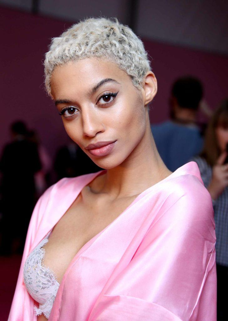Jourdana Elizabeth backstage of the Victoria's Secret show with short white afro hair