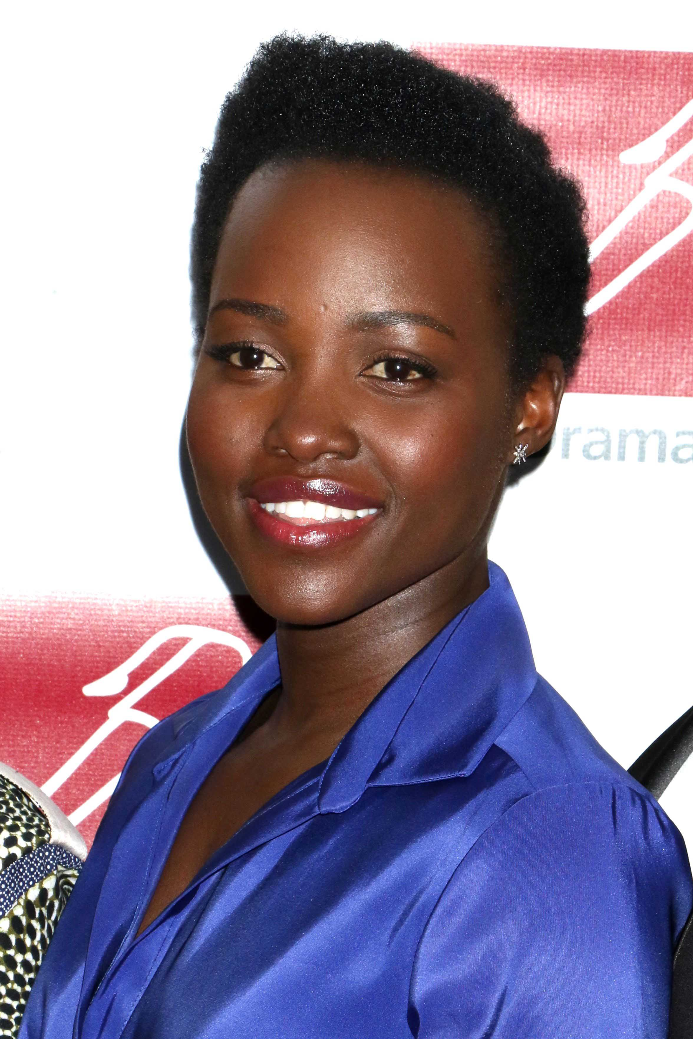 celebrity hair: All Things Hair - IMAGE - 2016 Lupita Nyong'o afro buzz cut