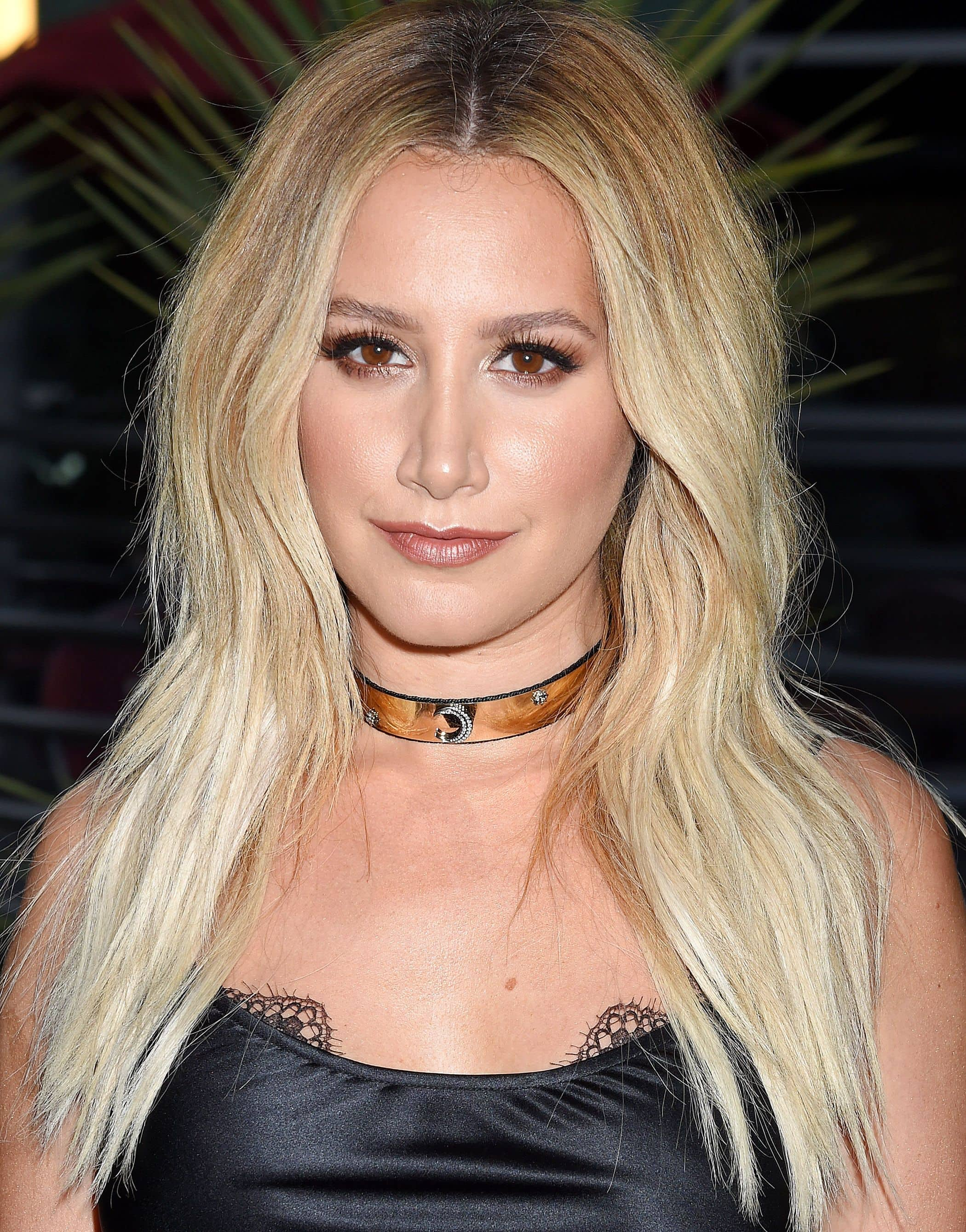 2017 hairstyles: All Things Hair - IMAGE - Ashley Tisdale blonde textured layered hair