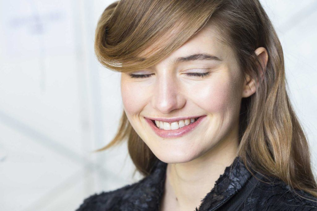 Want To Rock Side Bangs Heres How To Work It Like A Pro