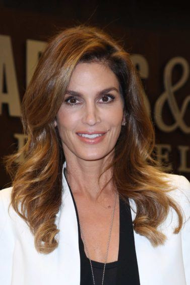 Cindy Crawford wavy brown hair long style