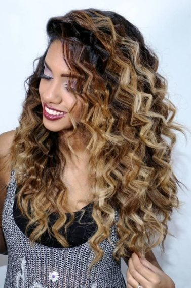 crimped hair: : a girl with zigzag crimped ombre hair