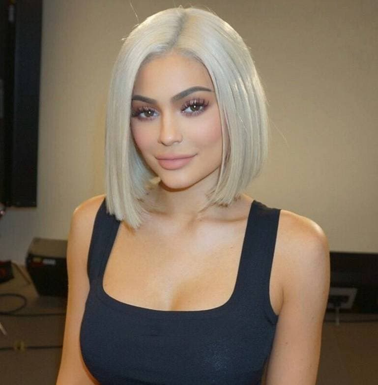Kylie Jenner Reveals A New Chin Grazing Chop On Instagram And We Re Here For It