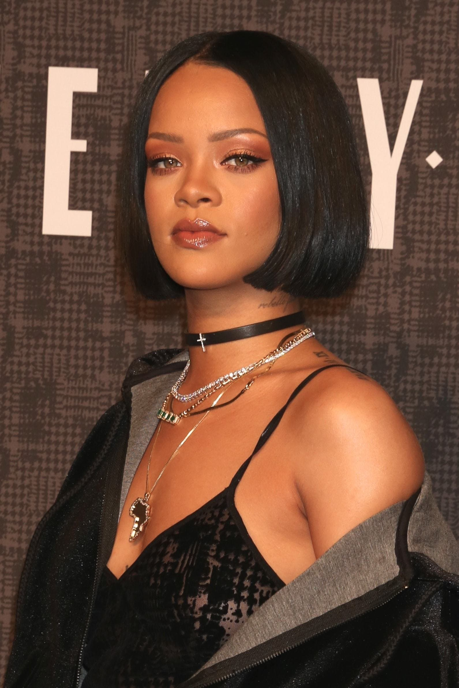 Rihanna with short blunt bob wearing all black at pumpa fenty launch