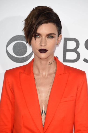Ruby Rose at the peoples choice awards with a pixie crop