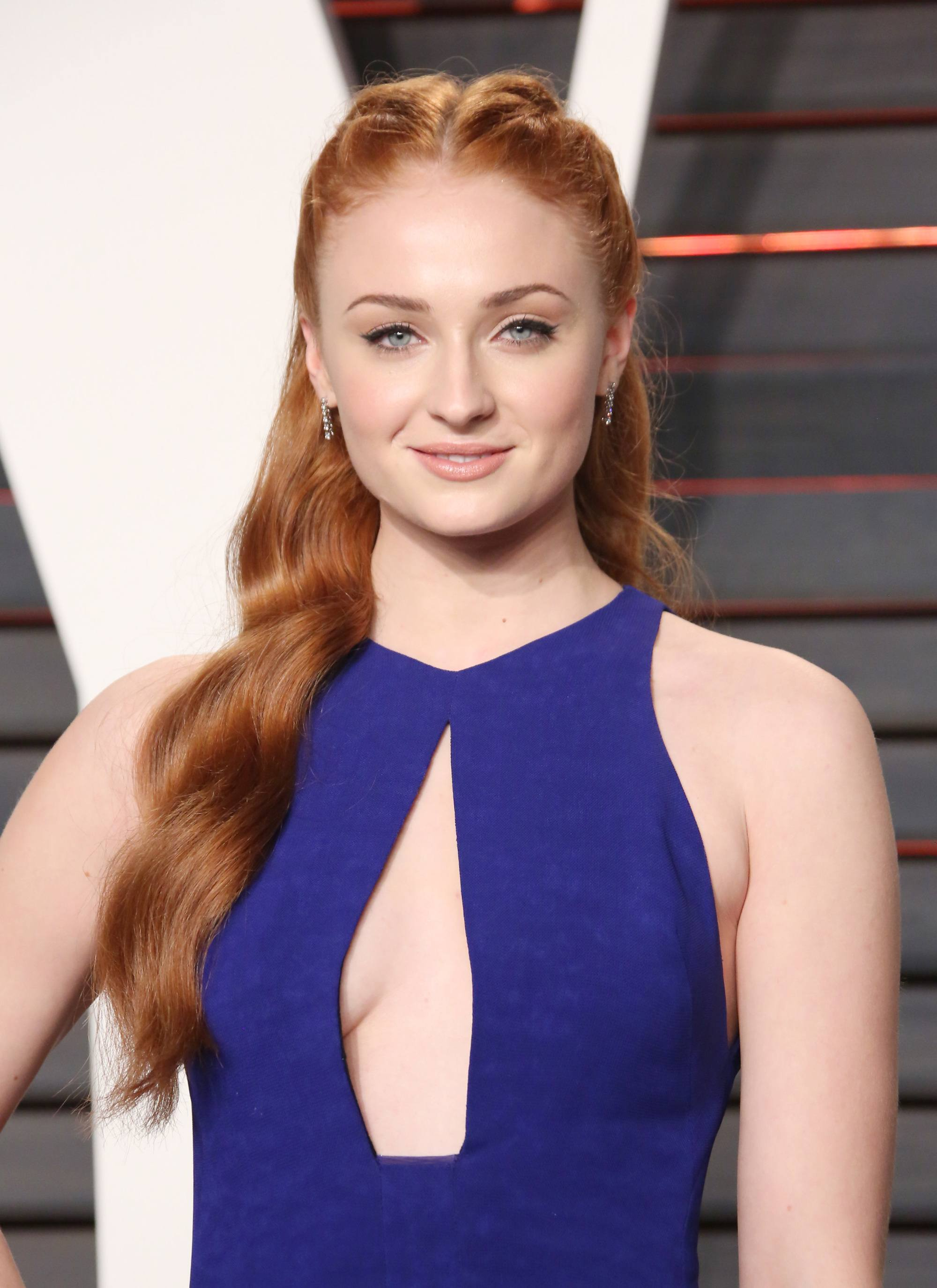 Sophie Turner is engaged and here are 4 wedding hairstyles ...